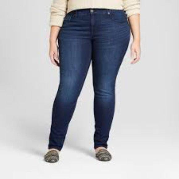 Universal Thread Denim - Universal Thread Dark Wash Skinny Jeans